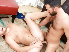 Rich's aching shlong gets some of Lucas' stiff furry apple bottoms