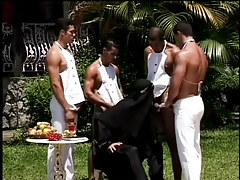 A sultan sucks his slaves dongs in 1 movie scene