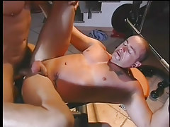 A hardcore gay guy fuck in the gym in 5 episode