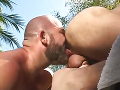 Bear man licks out hairy ass outdoor