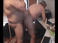Old fat gay drills mature boyfriend in doggy style