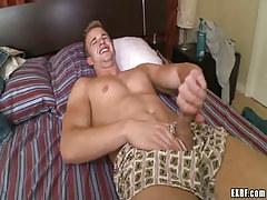 Pretty gay boy jerks off in bed